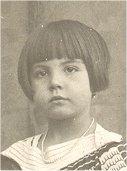 Sor Consuelo de 4 años. Huérfana de madre