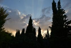 El cielo sobre los cipreses-desde el convento