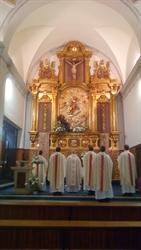 Celebrando la Pascua en el convento de las Mínimas de Daimiel, la Sociedad Sacerdotal de Santa María Reina de los Apóstoles